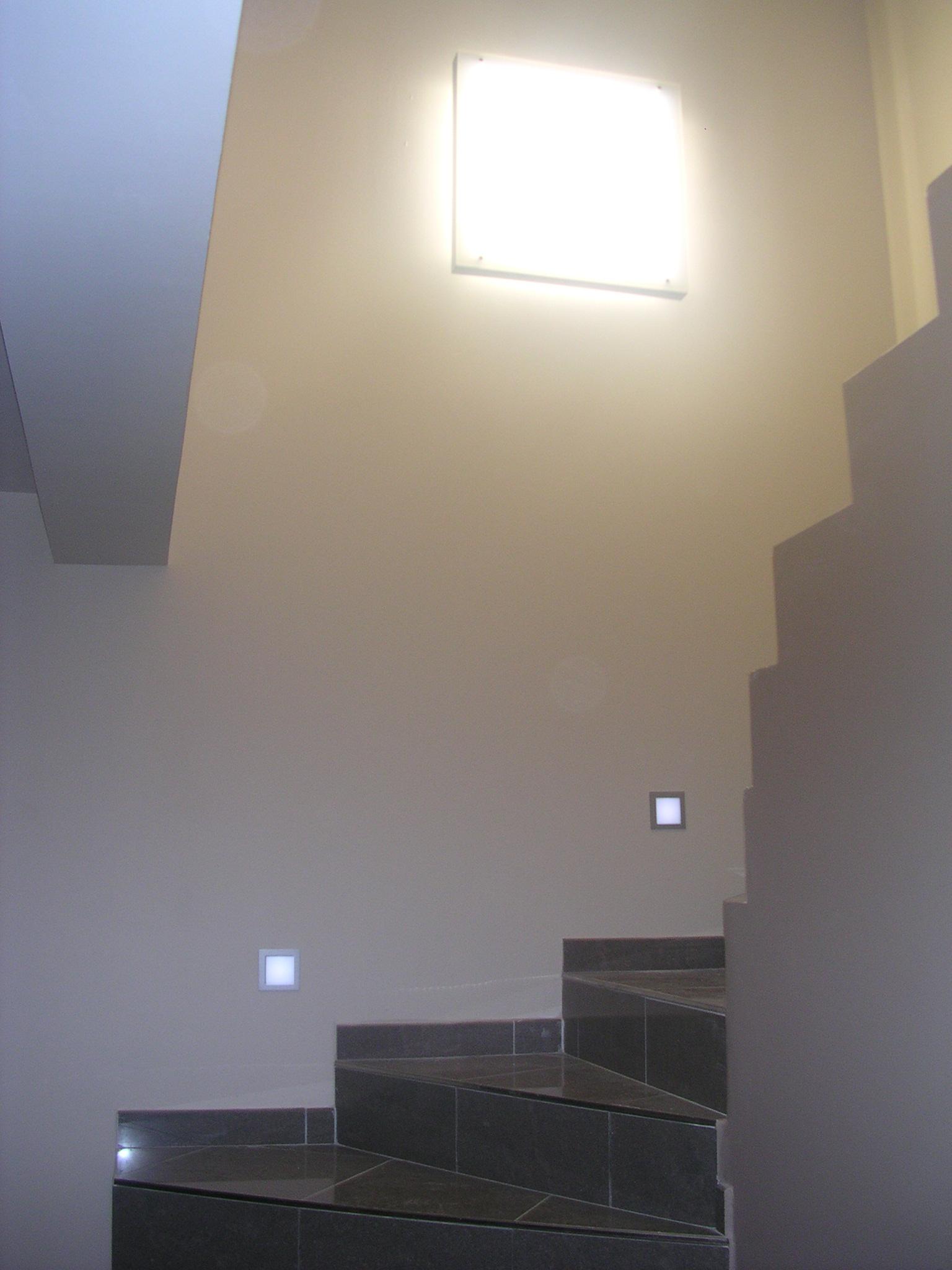 Spot escalier